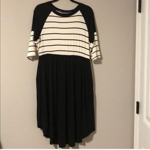 Striped Swing Dress by Annabelle. Size Large